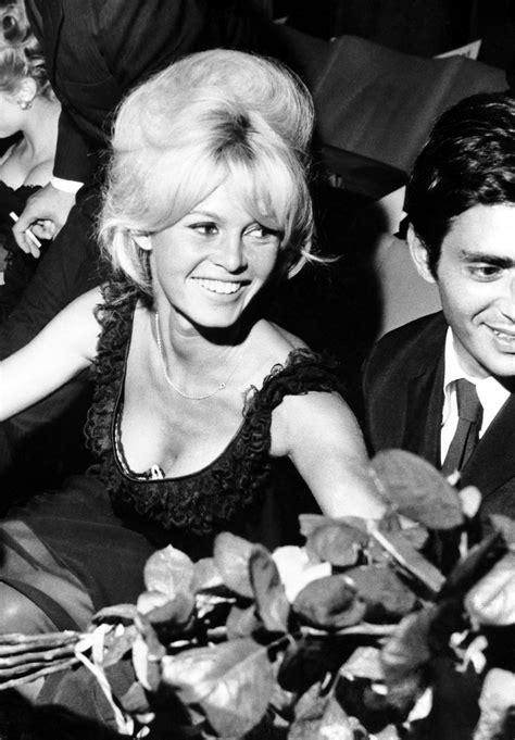 Brigitte at the premiere of Le repos du guerrier, 1962