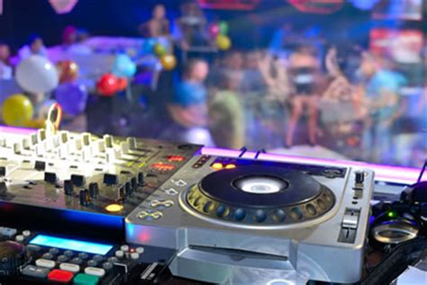 best music for a house party want to throw a 70s theme party looking for a top party venue