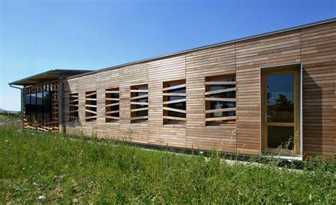 fabrication d un bureau en bois b 226 timent de bureaux showroom et stockage 224 basse