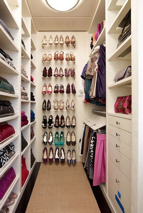 walk in closet organization ideas 40 pretty feminine walk in closet design ideas digsdigs