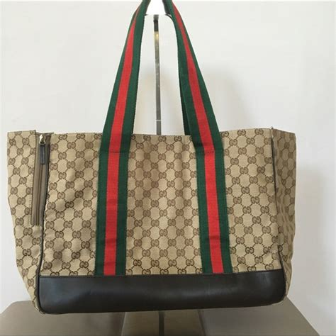 gucci carrier 67 gucci handbags gucci pet carrier from colette s closet on poshmark