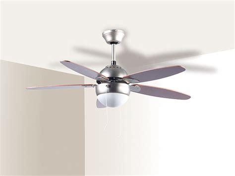 deckenleuchte mit ventilator sichler le mit ventilator deckenventilator vt 597 mit