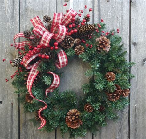 the 25 best christmas wreaths ideas on pinterest