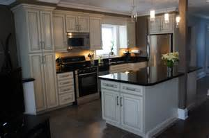 All Wood Kitchen Cabinets Armstrong Kitchen All Wood Cabinets Traditional