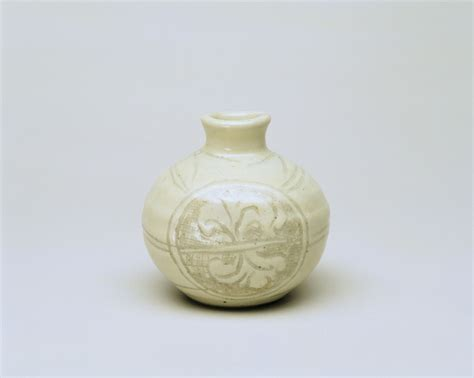 Lewis Vases And Bowls by Thrown Respect For The Ordinary Pot The Tyee