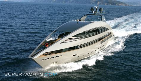 boat in etrade commercial ocean pearl layout rodriquez yachts motor