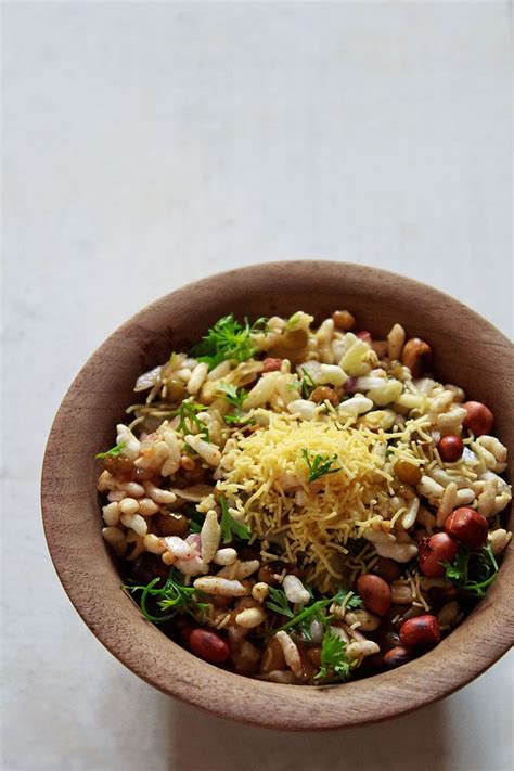 bhel puri recipe how to make bhel puri mumbai bhel puri