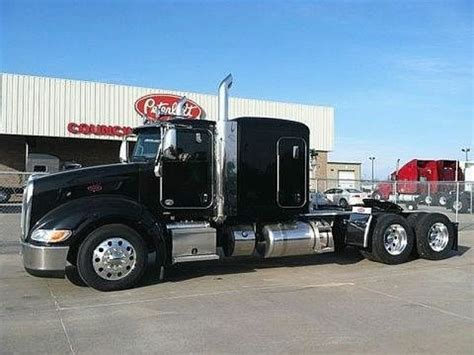 how much does a kenworth t680 cost 2013 tractor peterbilt trucks peterbilt