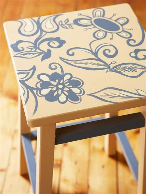 Stool Painting by Diy Paint Projects For Your Home Stools Stencils And