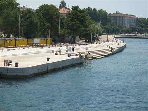 sea organ croatia file sea organ zadar 3 jpg wikimedia commons