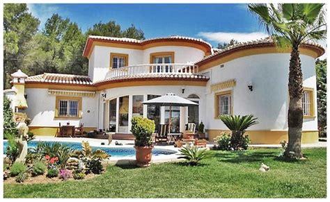 fotos de casas bonitas de co lujosas fachadas de viviendas modernas de dos plantas