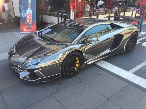 chrome lamborghini chrome lamborghini aventador with white pinstripes