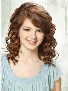 medium length curly hairstyles cute hairstyles 2017