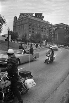 11/22/63 - Dealey Plaza, following the assassination