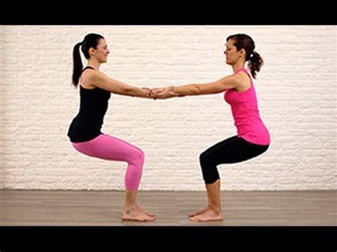 imagenes de parejas haciendo yoga yoga en pareja youtube