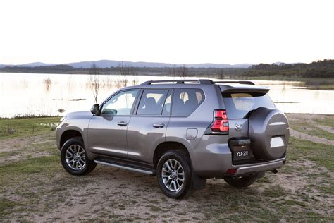 toyota prado 2019 australia 2018 toyota prado arrives in australia prices cut top10cars