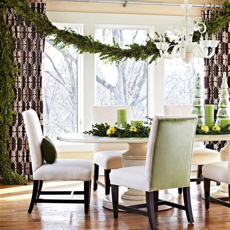 Weihnachtsdeko Fenster Bogen by Weihnachtsdeko Und Ideen F 252 R Zuhause Festliche Girlanden