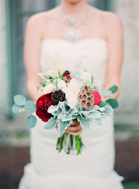 Wedding Bouquet Budget by 10 Ways To Save Your Wedding Budget