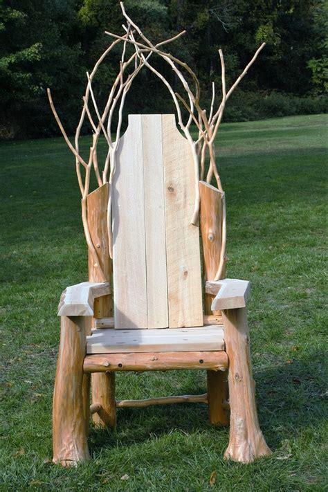 rustic throne wwwadkfenceandrailcom diy rustic decor