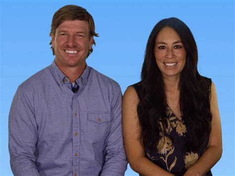 how the stars of fixer upper transformed a town in texas the stars of hgtv s fixer upper share their best piece
