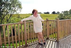 susan boyle shows 163 300 000 new home daily mail