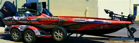 wakeboard boats for sale dfw 25 best ideas about boat wraps on pinterest speed boats