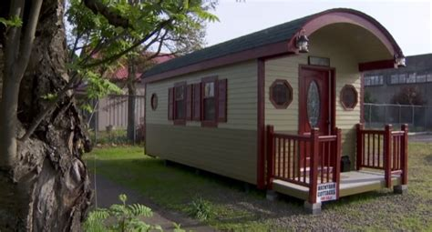 200 sq ft irish cottage tiny house would you live here