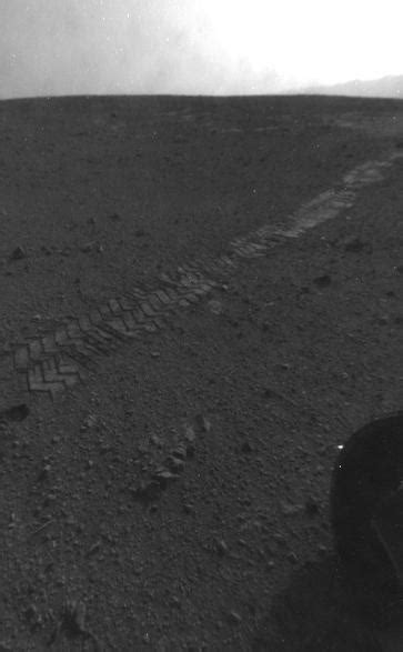 Tracks from Eastbound Drive on Curiosity's Sol 22 – NASA's