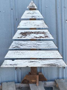 pallet tree skirt 1000 ideas about wood tree on pallet wood trees and