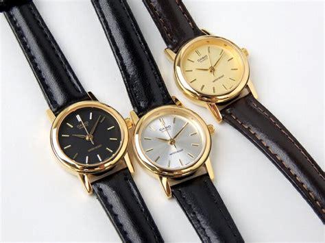 Casio Standard Ltp 1095q 1a 楽天市場 カシオ 腕時計 レディース casio standardltp 1095q 9a ltp 1095q