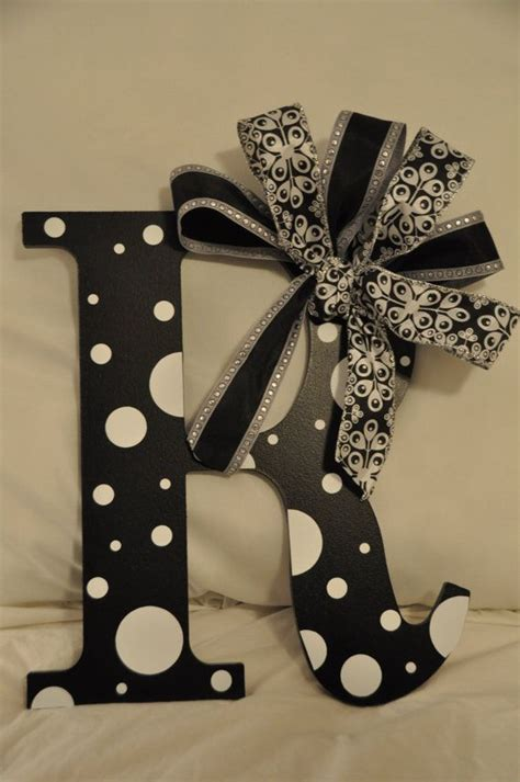 Letter Wreaths For Door by 17 Best Ideas About Letter Wreath On Initial