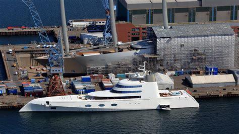 motor yacht  meets sailing yacht   kiel boat