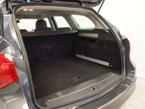 opel astra trunk opel astra trunk space images