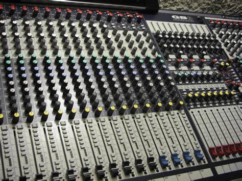 Mixer Gb8 soundcraft gb8 32 image 471795 audiofanzine