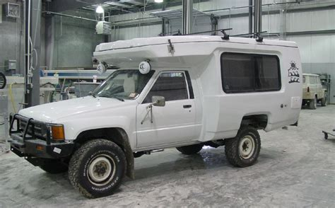 mitsubishi fuso 4x4 expedition vehicle mitsubishi fuso 4x4 expedition vehicle 79000