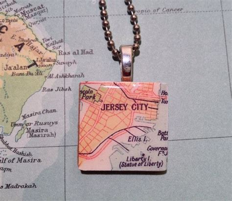 map pendant jersey city statue  liberty ellis island