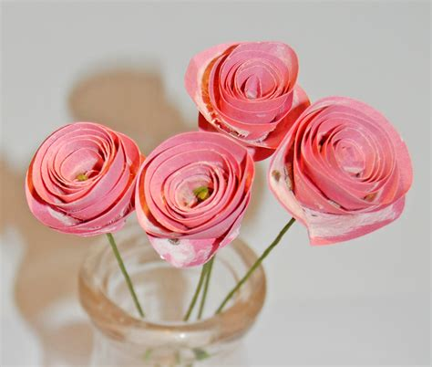 Craft Paper Roses - a craft a day seed paper roses tutorial