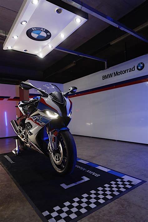 bmw   rr revealed   engine   performance parts autoevolution