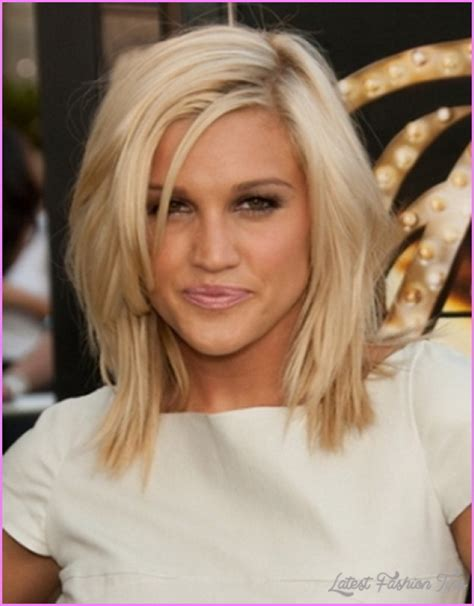 layered hair styles for shoulder lenght hair for 50 yr old straight medium length haircuts with layers