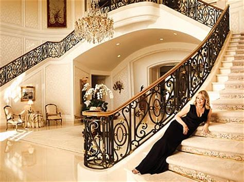 Foyer Spelling Go Inside Spelling S 150 Million Mega Mansion The