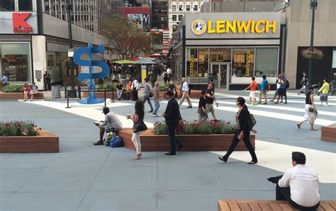 Garden State Plaza Station On The 33rd Plaza Comes To