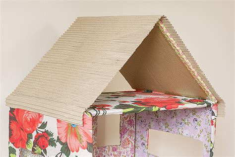 how to make doll house how to make a dolls house out of a cardboard box