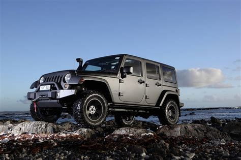 In A Jeep Chrysler Australia Upgrades The Jeep Wrangler Mydrive Media