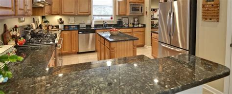compare 2017 average granite vs quartz countertop costs