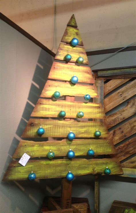 christmas tree pallet pattern 17 best images about christmas on pinterest christmas