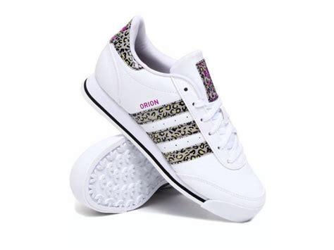 imagenes de tenis adidas blancos para mujer tenis adidas originals orion animal print para dama 5 2