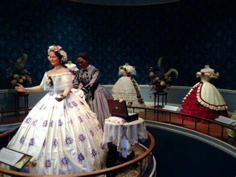 Mary Todd Lincoln dresses   Picture of Abraham Lincoln Presidential Library and Museum