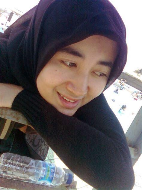 foto cewek cantik gambar wanita berjilbab cewek cantik berjilbab terbaru pic cewek jilbab