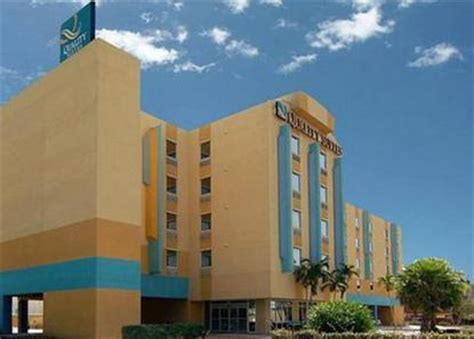 2 bedroom suites in cocoa beach quality suites cocoa beach cocoa beach deals see hotel photos attractions near