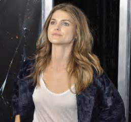 House Measurements by Keri Russell Biography Keri Russell S Famous Quotes
